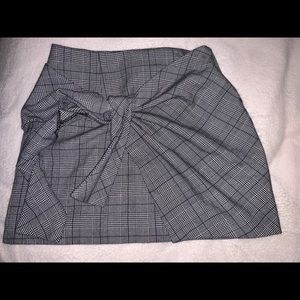 Forever 21 tied plaid mini skirt